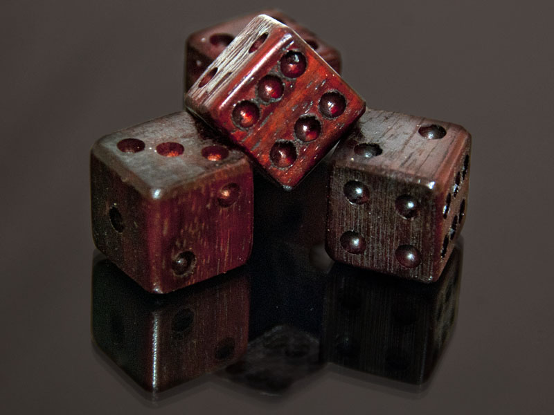 Padauka Wooden Dice