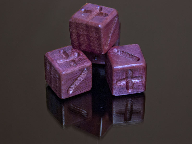 Purple Heart Oak Wooden Fate Dice