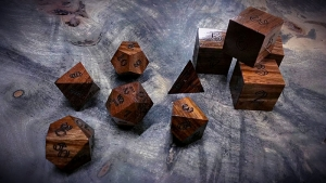 mora polyhedral dice